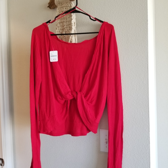 NEW FREE PEOPLE TOP SHIRT RED OPEN BACK